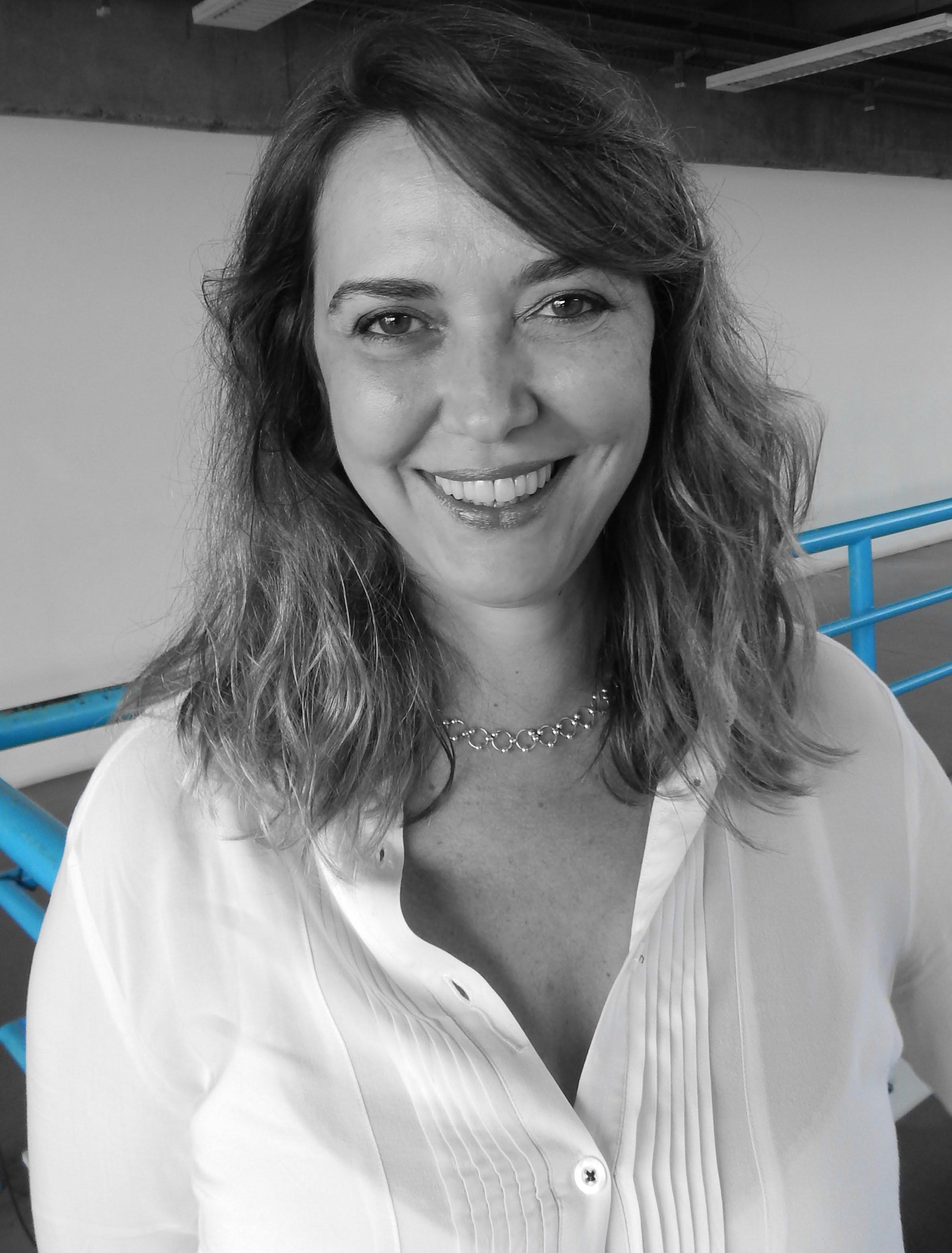 Paula Pontes De Campos